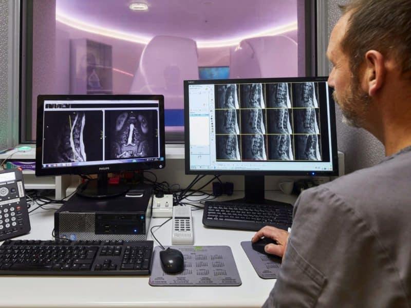 CT scanner - Echelon Health - preventative health check